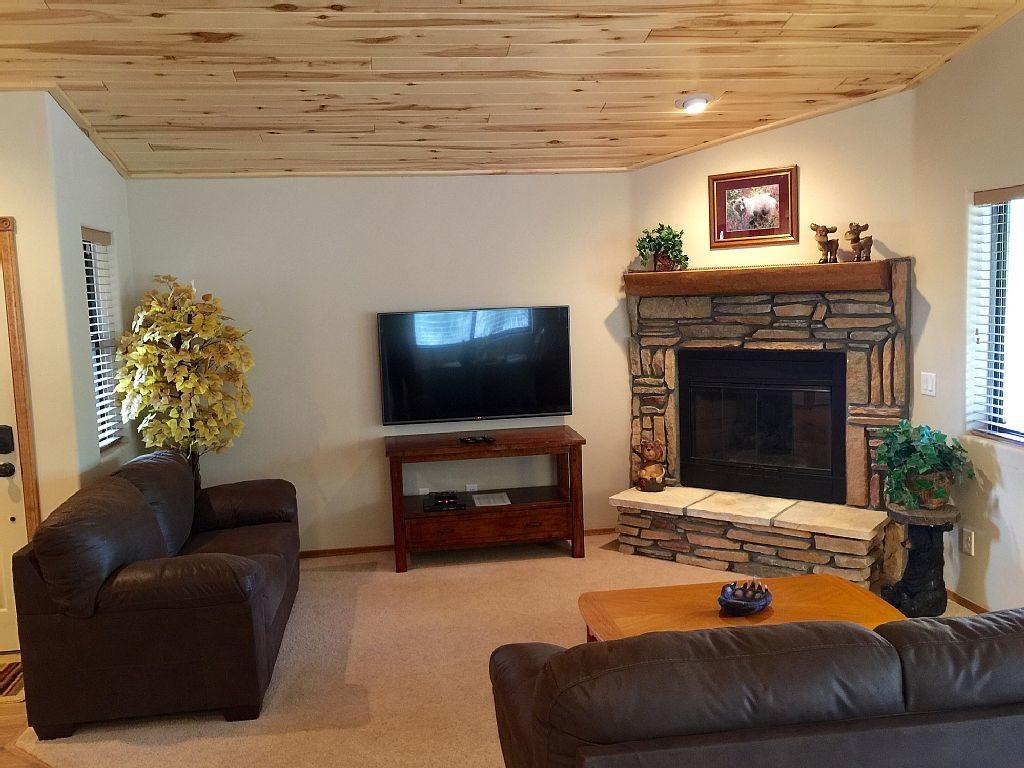 hillside hideaway show low az white mountain cabin rentals