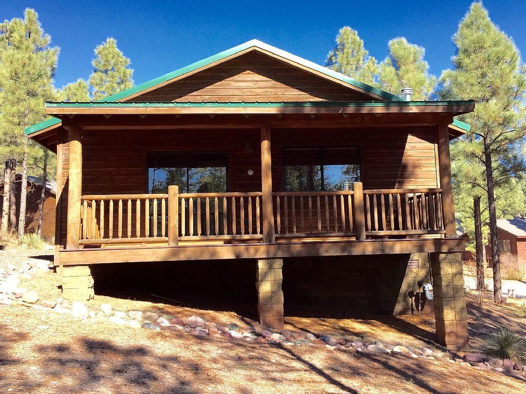 hillside hideaway show low az white mountain cabin